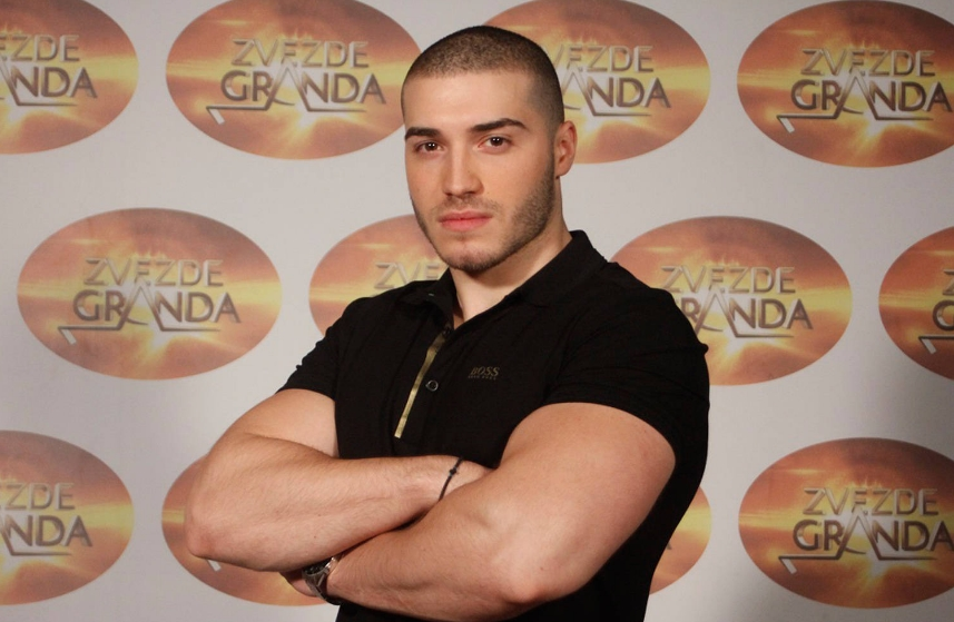 """Публиката на нозе, жирито во транс: Поради згодниот Македонец Филип се сменија правилата на """"Ѕвездите на Гранд"""""""