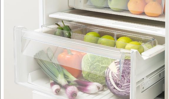 Ставете 3 обични сунѓери во фрижидер: Трик кој ќе ви заштеди еден куп пари