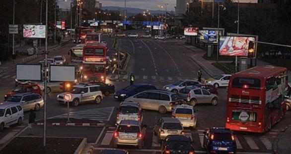Седум лица потешко повредени во сообраќајки во Скопје