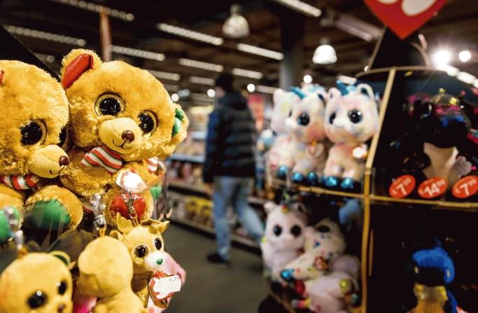 Десеттина од играчките што се продаваат не се според безбедносните стандарди