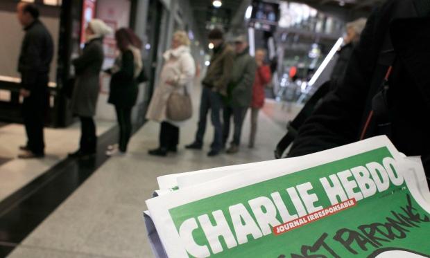 """Обвинителството бара да им се суди на 14 лица поврзани со нападот на """"Шарли Ебдо"""" во Париз"""