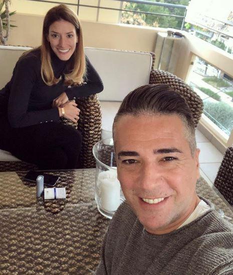 Сопругата на Јоксимовиќ објави фотографија од младоста- пејачот не остана рамнодушен, па и упати само еден единствен збор (ФОТО)