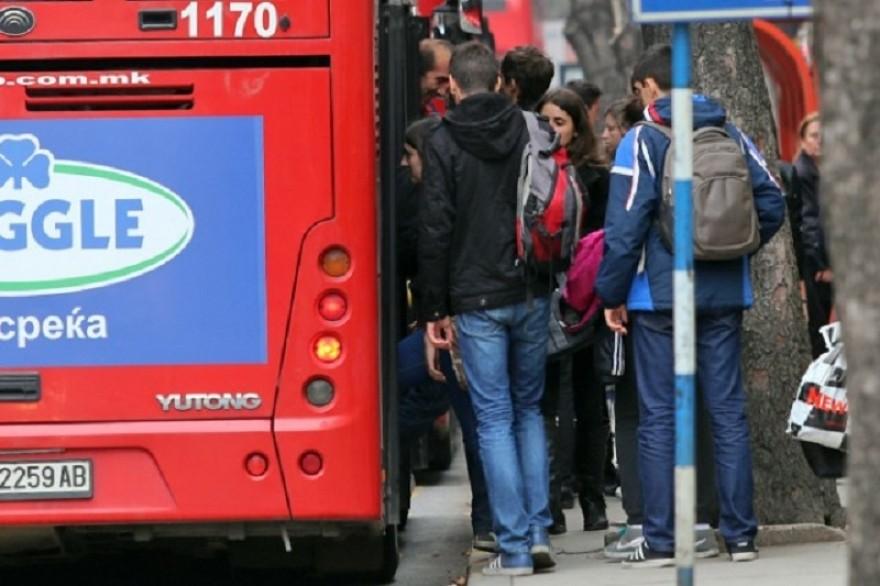 Автобусите од понеделник според саботен возен ред