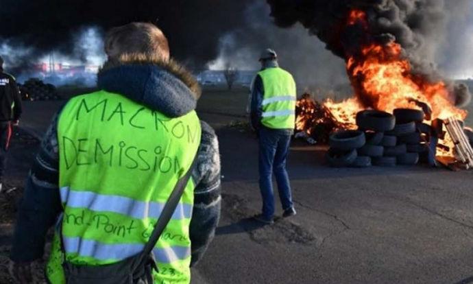 "Загина 23-годишен демонстрант од ""Жолтите елеци"""