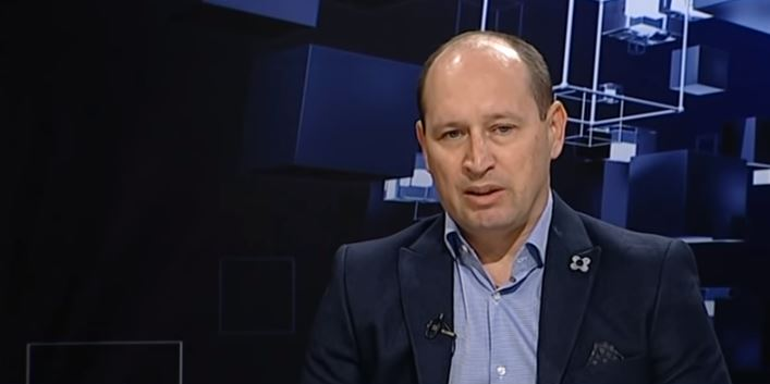 Миноски: Во услови на мирен мандат Тевдовски не направи суштински реформи