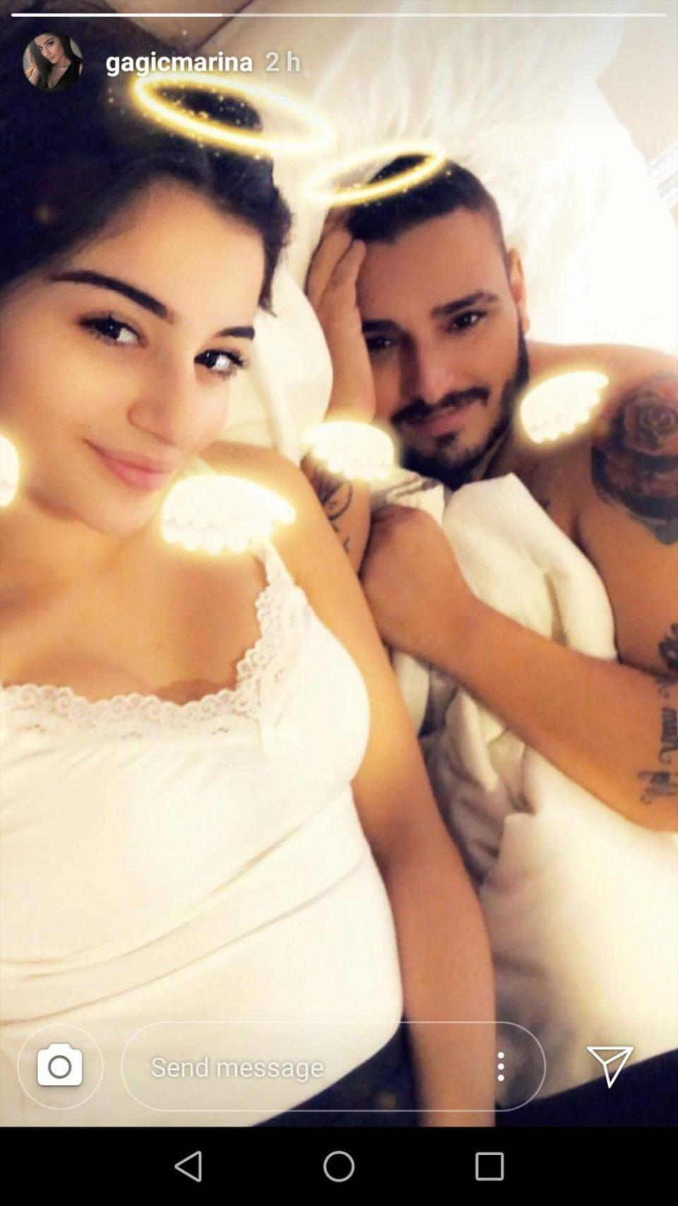 Бремената свршеницата на Дарко ги разнежни фановите- објави интимно видео од креветот додека тој и го бакнува стомакот