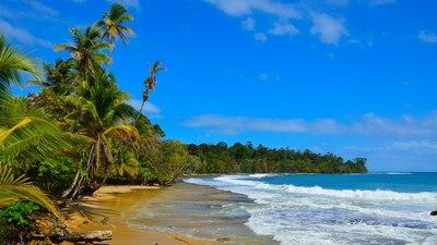 Костарика: Царица на морето спаси двајца рибари кои три недели плутале по море