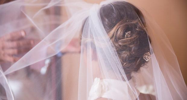 Германија: Ќе се проверува уставноста на Законот за забрана на малолетнички брак