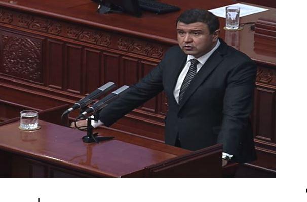 Мицевски: Со промена на Уставот самите ќе се избршеме како Mакедонци