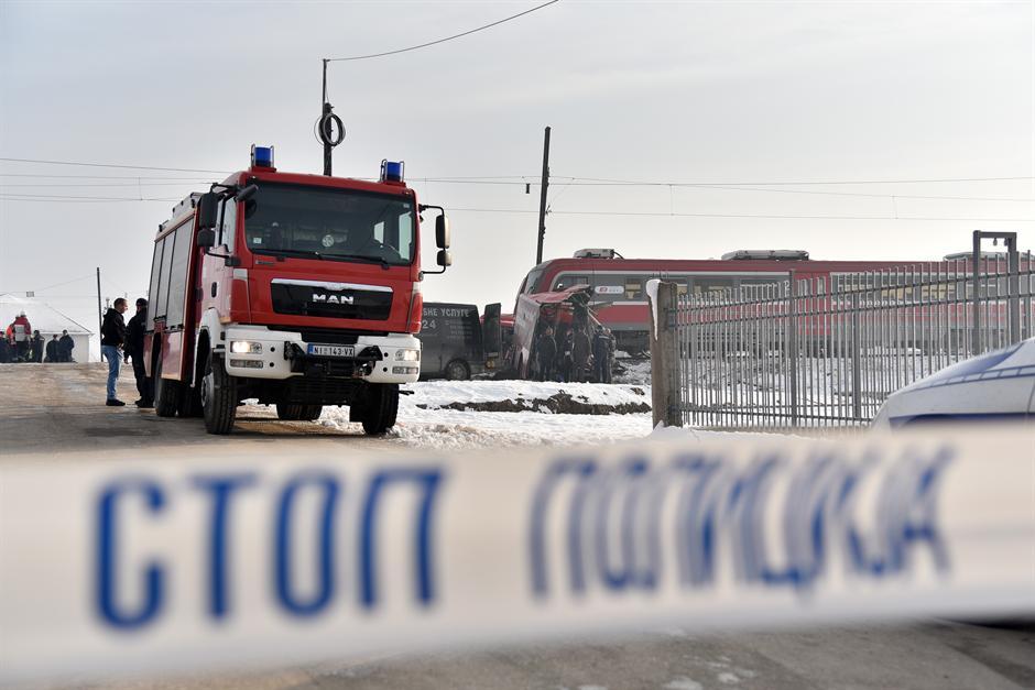 Познат идентитетот на две од загинатите лица во несреќата кај Ниш: Плач и лелеци на семејствата одекнуваат во болничките ходници