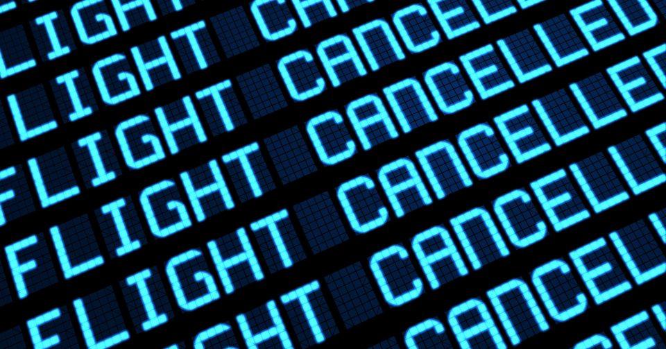 Дел од летовите на скопскиот аеродром откажани