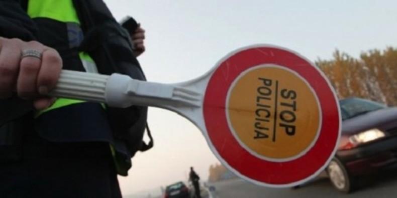 Полицијата вчера казни 139 возачи, на 40 им ги земаа сообраќајните дозволи