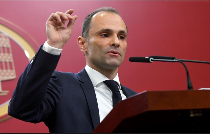 Лекарите ја напуштаат Македонија, а Филипче уште ги критикува претходниците