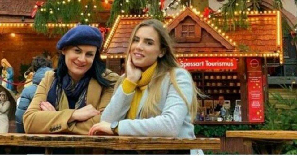 Сопругата и ќерката на Заев на празнично патување во Германија