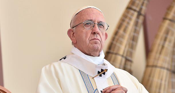 Папа Франциско: Ниту едно насилство не може да биде верски оправдано