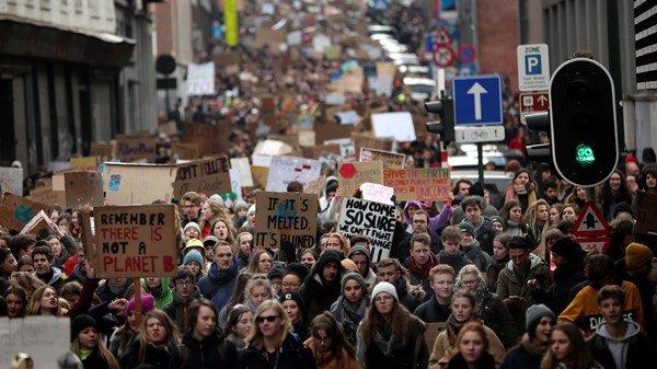Белгија: Протест на ученици поради климатските промени