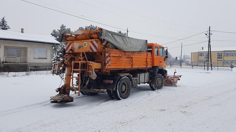Патиштата и улиците во Кавадарци и Росоман се проодни
