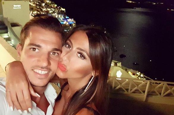 Интер добива нов играч – но сите зборуваат за неговата секси девојка и нејзините силикони (ФОТО)