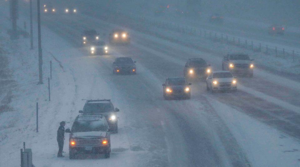 Поради снежна бура во САД откажани 5 000 летови