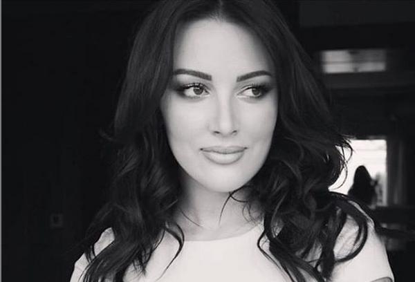 Сите детали за породувањето на Александра Пријовиќ: Снаата на Брена со третман како царица!