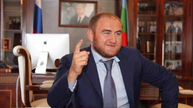 Драма во рускиот Парламент: Пратеник уапсен поради истрага за убиство