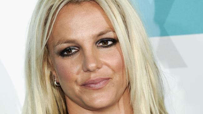 Бритни Спирс ги откажа сите настапи