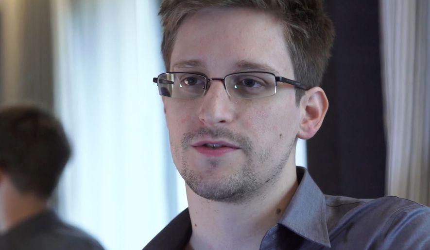 Сноуден: Заробен сум во Русија бидејќи САД ми го поништија пасошот
