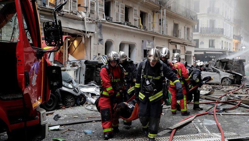 Најмалку 20 повредени во експлозијата во Париз