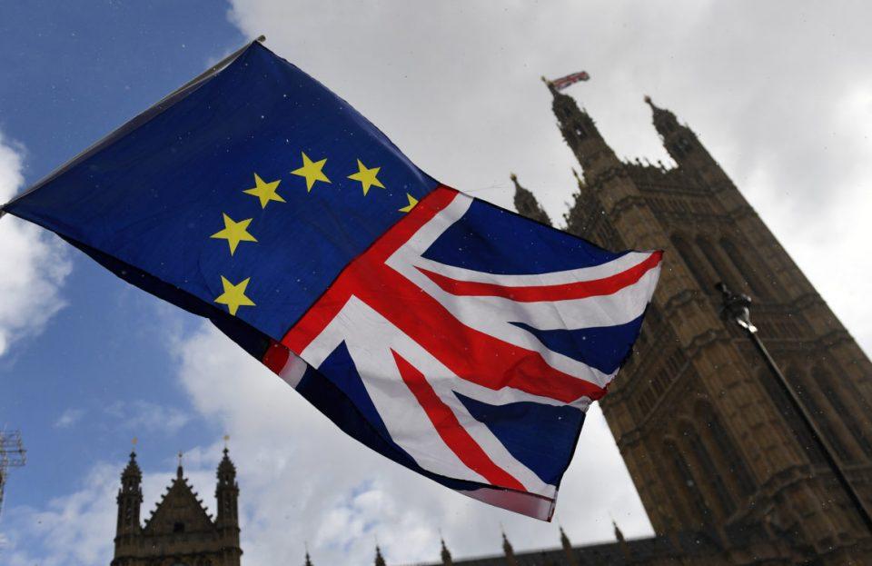 Државјани на ЕУ и 16-годишници нема да гласаат на изборите во Британија
