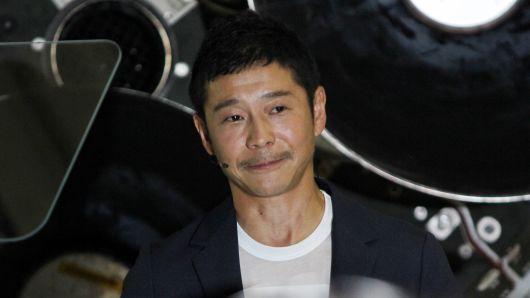 ФОТО: Твит на јапонски милијардер го собори рекордот во ретвитување