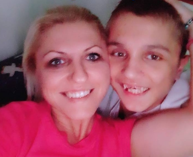 Да донираме и да помогнеме: Недостасуваат уште само 800 евра за лекувањето на Кристијан