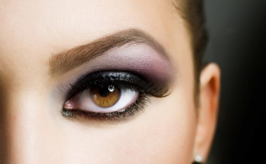 Што навистина кажува бојата на вашите очи за вашиот љубовен живот?
