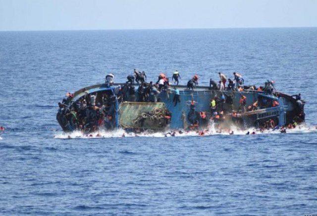 Грција: Потона брод со мигранти, 12 лица загинати