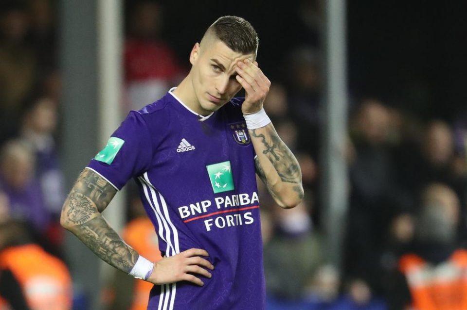 Нема шанси да го познаете: И тој е фудбалер, но води мирен живот- ова е братот на Огнен Врањеш кој има поразличен имиџ (ФОТО)