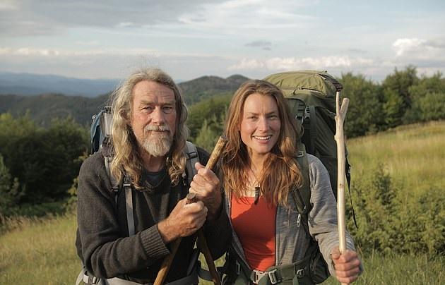 """Холанѓанка и Новозеланец во """"отворена врска"""" живеат номадски живот 12 години"""