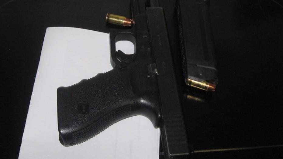 Шест годишно дете донело пиштол во градинка