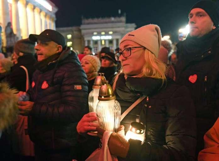 Повици за нови ликвидирања, по убиството на градоначалникот на Гдањск