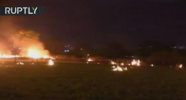 Ужас кој денес го потресе светот: Луѓе горат живи бегајќи од пожар (ВОЗНЕМИРУВАЧКО ВИДЕО)