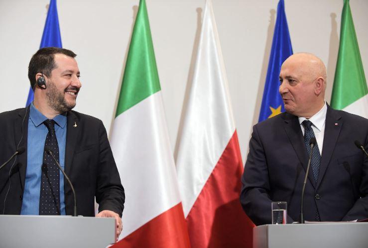 Салвини: Примањето бегалци во ЕУ е самоубиствено однесување