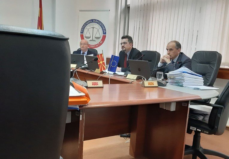 Адеми побара примена на албанскиот јазик и преведувач во Судски совет