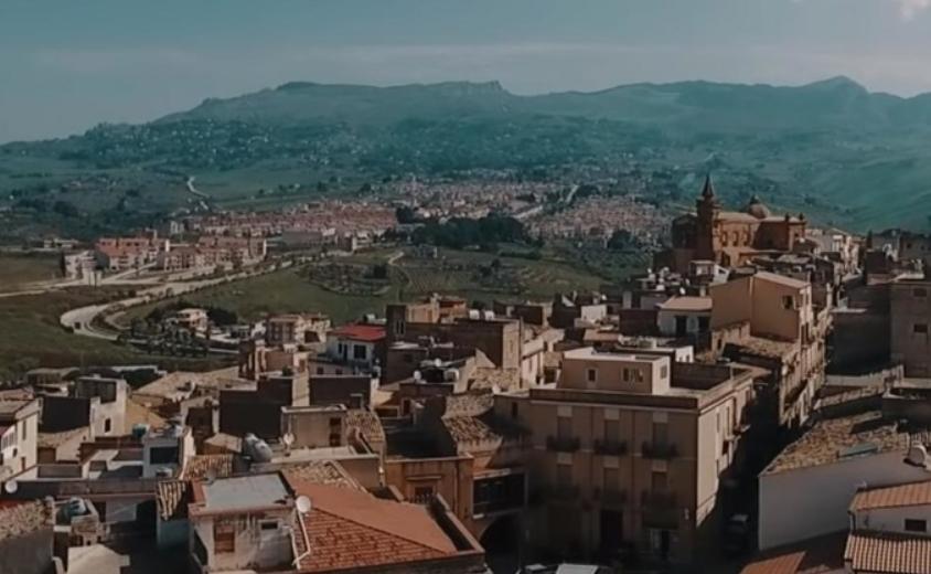 Град во Италија продава куќи и станови за 1 евро: Звучи како идеална понуда, но има еден проблем