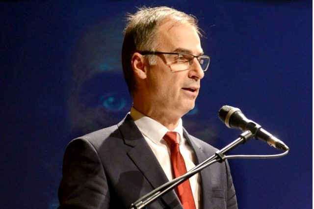 Стоилковиќ: Меѓународната заедница стрпливо избегнува да даде став за политичкиот прогон кој што се случува во Македонија