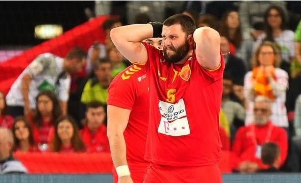 Стоилов се огласи по натпреварот: Задоволен сум од победата, но…