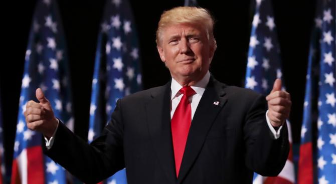 Трамп: Во секој случај ние градиме ѕид кон Мексико