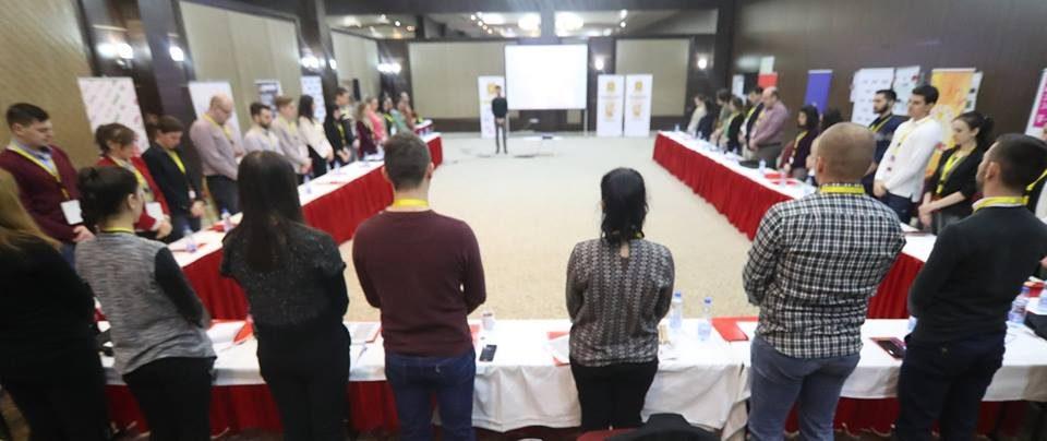 Сочувство од учесниците на Школата за млади лидери по повод несреќата на автопатот Скопје – Тетово