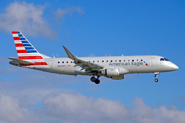 Тинејџер се обидел да украде авион