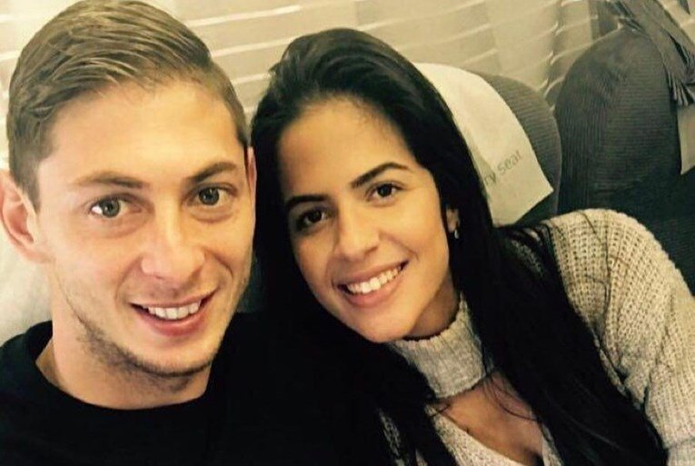 """Одбојкарка тврди дека била во тајна врска со Емилијано Сала: """"Ќе те сакам засекогаш"""" (ФОТО)"""