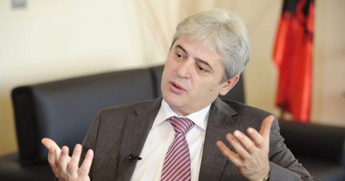 Ахмети: Албанците не може да бидат помалку од 25 проценти