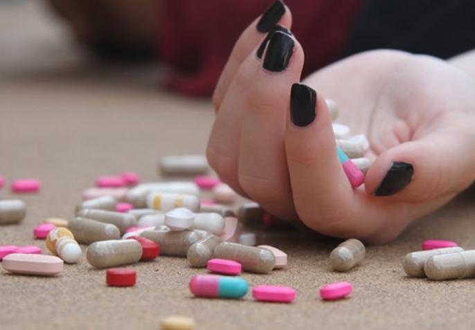 Малолетничка од Куманово се предозирала со апчиња