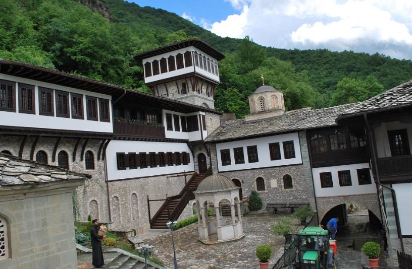Бигорски манастир: За Христовото раѓање повеќе од 1.000 верници